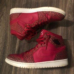 Jordan Retro 1 High Red